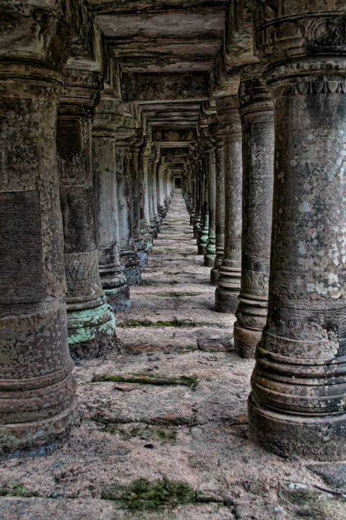 ancient ruins atozmomm.com