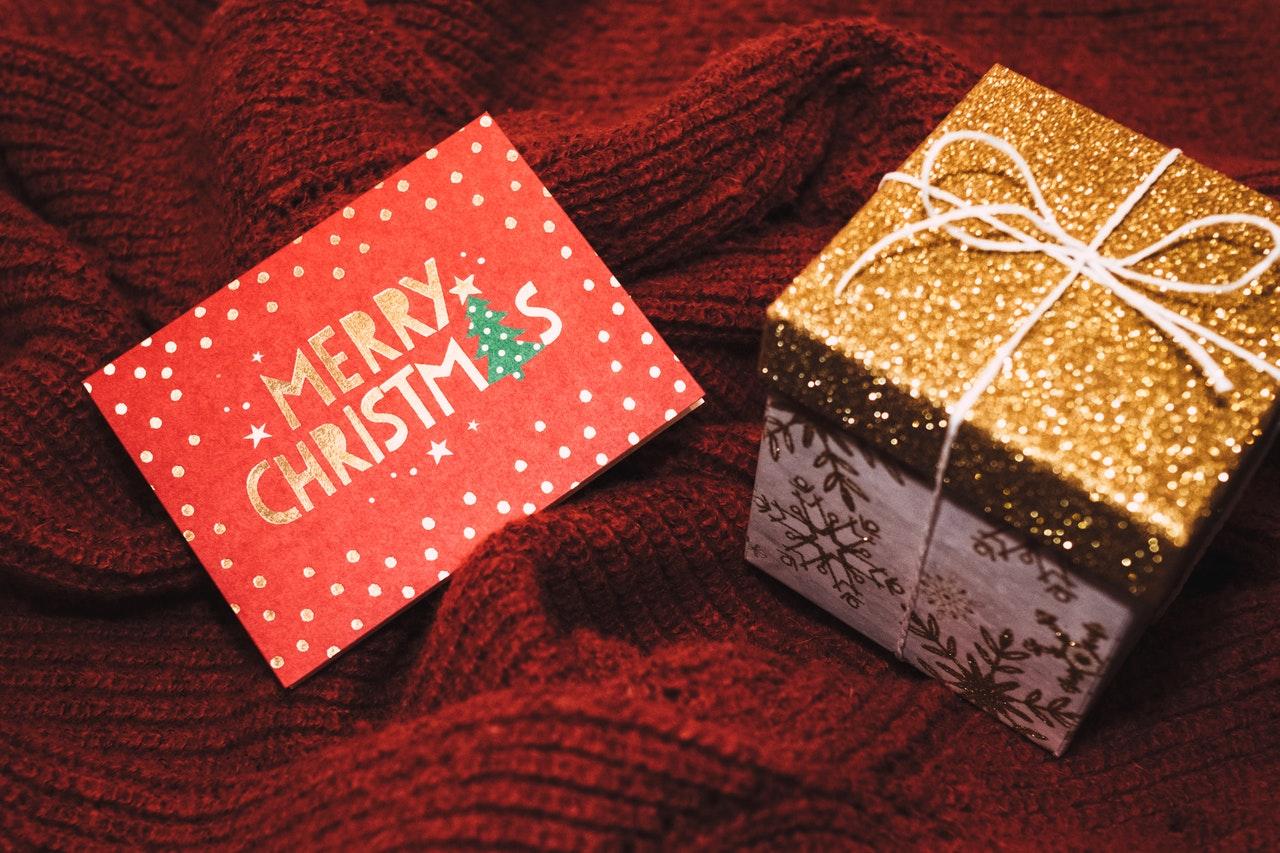 merry christmas www.atozmomm.com