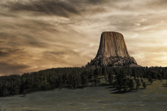 devil's tower www.atozmomm.com
